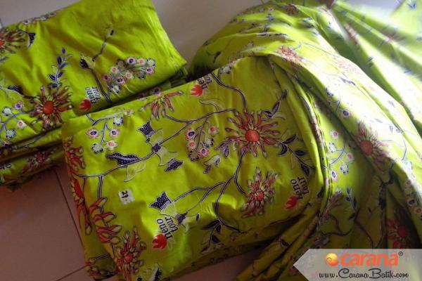 Batik-Neno-Tour-Haji-dan-Umroh