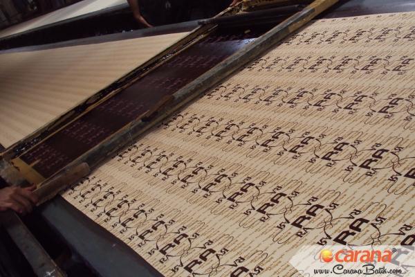 Proses-Printing-Batik-Caleg-RA