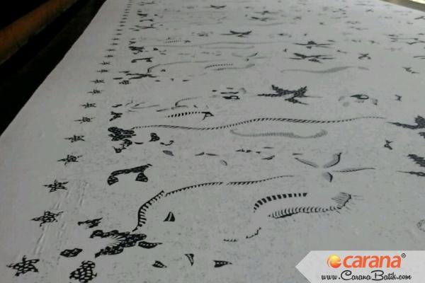 Proses-Produksi-Printing-Batik-Motif-Kuda-Laut